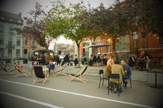 Camping Paradis, caravane, brasserie, convivialité, Eden, Centre culturel de Charleroi