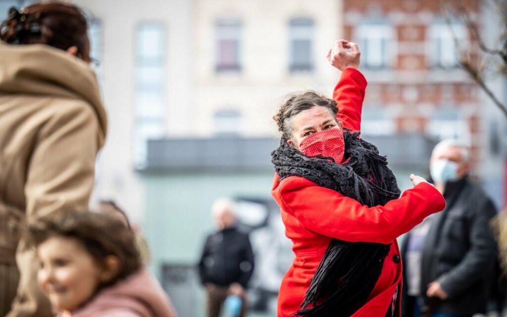 Bouger dans la rue, ateliers, créativité, mouvements, Eden  Centre culturel de Charleroi