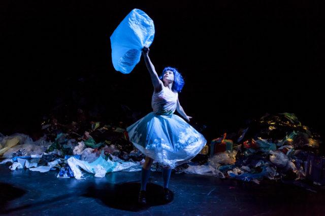 Alex au pays des poubelles @Eden Charleroi